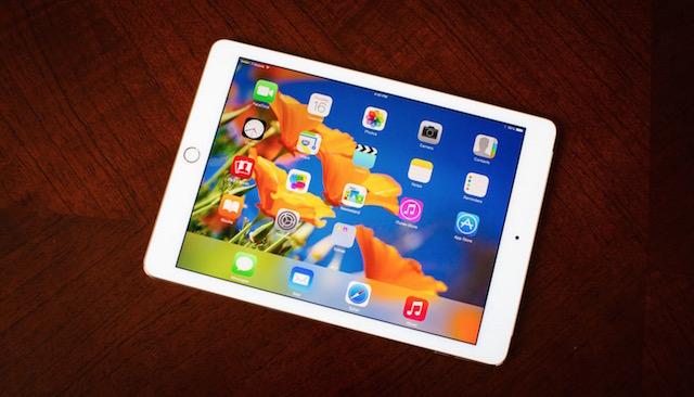 Màn hình iPad Air 2 lớn 9.7 inch, màn hình Retina của Apple cho hình ảnh nét và màu sắc tươi hơn